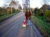 Und bald lerne ich auf dieser Straße Fahrradfahren!